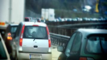 Движението по пътищата в последния ден от празниците