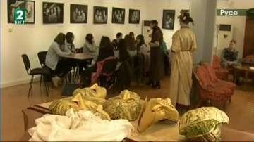 Забавни класни стаи в Русе пренасят децата в различни епохи