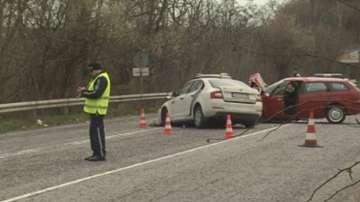 Четирима пострадаха при катастрофа на пътя Русе - Бяла