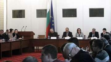 Гледат Закона за МВР в парламентарна комисия