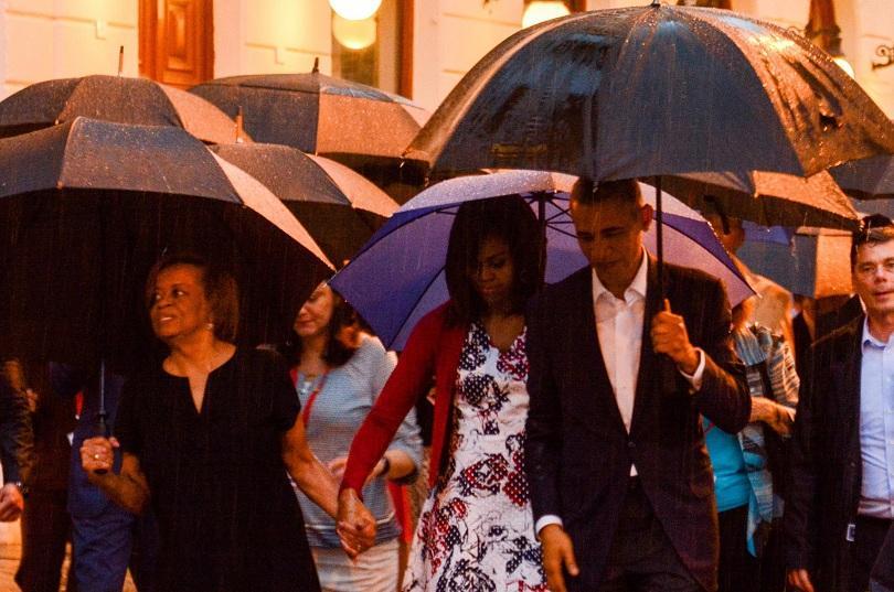 снимка 2 Барак Обама в Хавана - (извън)протоколно (ФОТОГАЛЕРИЯ)