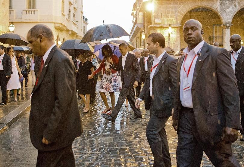 снимка 6 Барак Обама в Хавана - (извън)протоколно (ФОТОГАЛЕРИЯ)