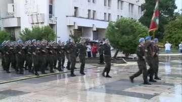 Военните от пловдивския гарнизон отпразнуваха празника си с парад