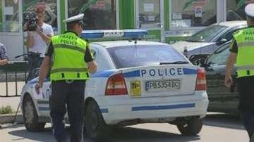 След гонка с патрул на МВР - задържаха полицай, превозвал нелегални мигранти