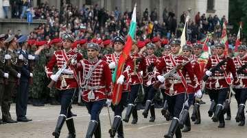 Най-внушителният от години парад на Гергьовден