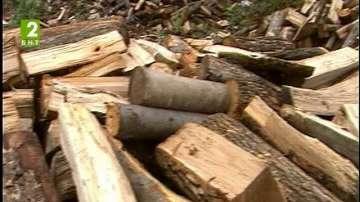 В Дългопол осигуряват дърва за огрев на храмовете