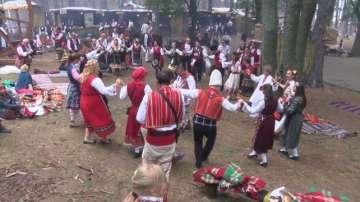 Започна Международният фестивал на народната носия в Жеравна