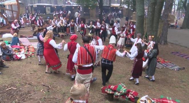 За 11-та година в Жеравна беше открит Международният фестивал на