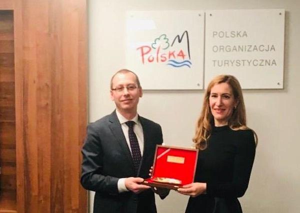 Работи се за откриване на българско туристическо представителство във Варшава