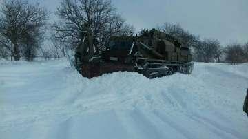 Трети ден армията помага в разчистването на снега в Плевенско