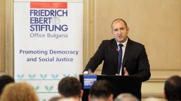 Президентът Радев с тежки критики към правителството след европредседателството