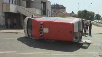Линейка катастрофира в центъра на Ямбол