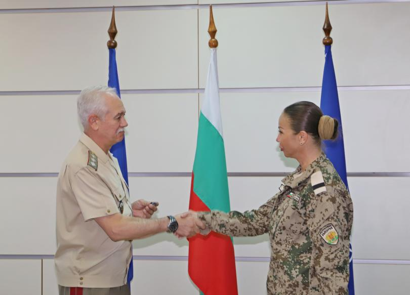 снимка 3 Военните ни медици получиха награди след успешна мисия в Мали (СНИМКИ)