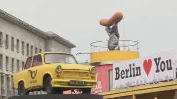 Германските наденички с къри станаха на 70 г.