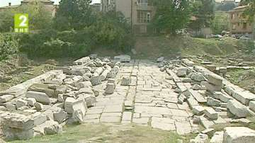 Община Пловдив иска да стопанисва Източната порта