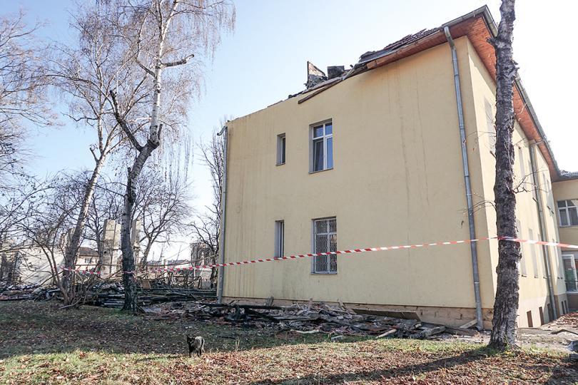 снимка 3 Започва ремонтът на сградите на психодиспансера и Белодробната болница в София