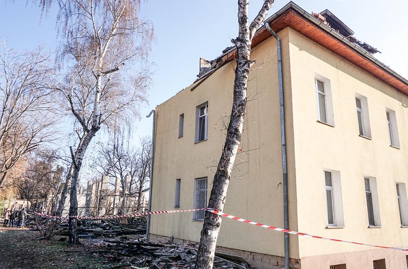 снимка 4 Започва ремонтът на сградите на психодиспансера и Белодробната болница в София
