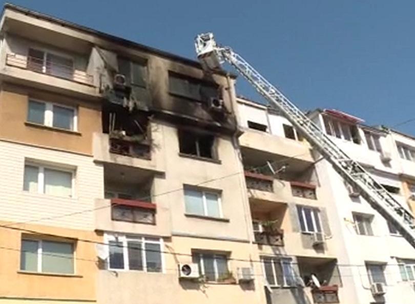 Възрастен мъж от Русе загина при пожар в дома си.