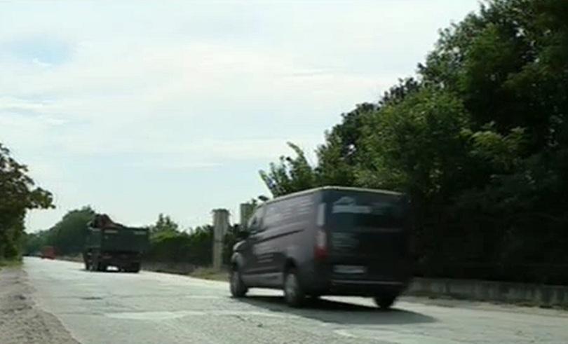 Снимка: Рогошко шосе в Пловдив създава рискове за шофьорите