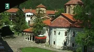 Боядисаха 5000 яйца в Бачковския манастир