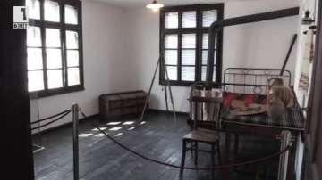 Напълно обновиха експозицията в къщата-музей на Майстора в село Шишковци