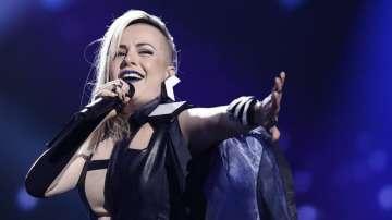 Четири дни до Евровизия 2016. Вижте как се подготвя Поли Генова