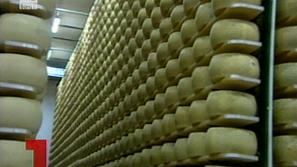 В Италия отпускат заеми срещу скъпо сирене