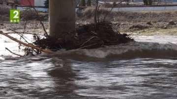 Проверки за сметища край реките в Благоевградско