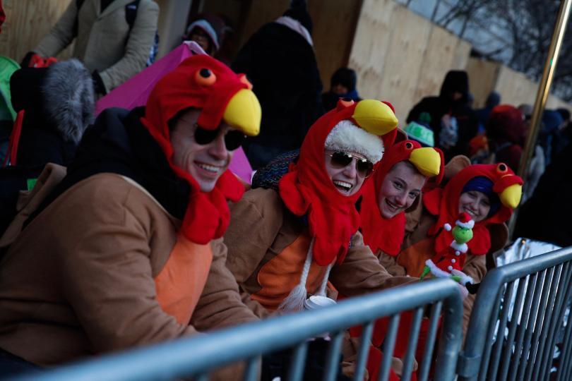 снимка 13 Рекорден студ за Деня на благодарността в Ню Йорк (СНИМКИ)