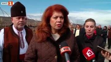 Йотова: Трябва да имаме политика за представяне на българското вино в чужбина