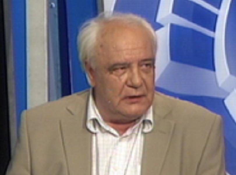 На 76 години почина известният съветски дисидент и писател Владимир