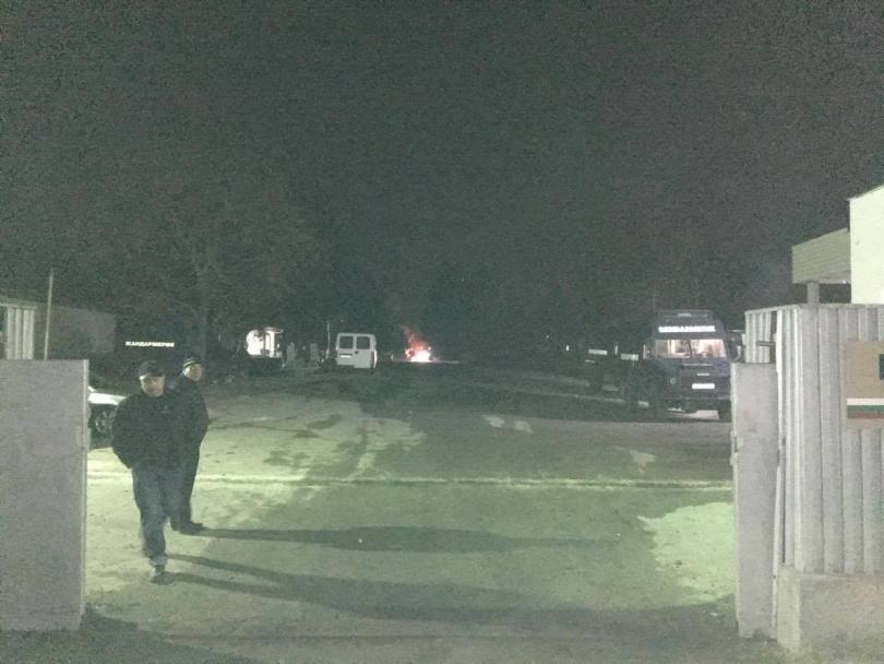 снимка 2 Напрежението между бежанците в Харманли и жандармерията ескалира