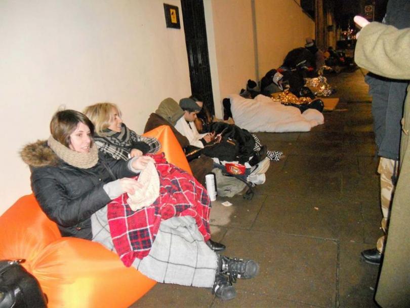 снимка 3 Лондонските улици стават хотел за кинофеновете