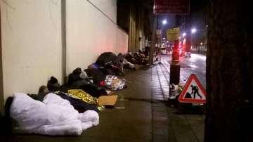 Лондонските улици стават хотел за кинофеновете