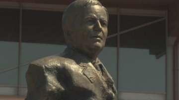Паметник на проф. Лъчезар Цоцорков беше открит в Панагюрище
