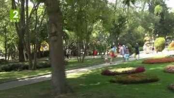 Обновяват Морската градина на Бургас
