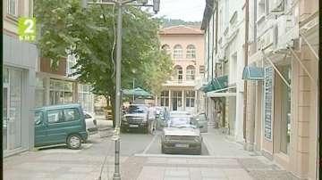Проверяват незаконните постройки в Дупница
