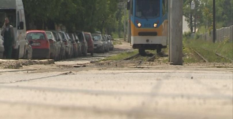 отклониха маршрута трамваи заради катастрофа лек автомобил