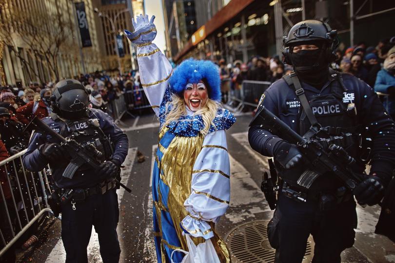 снимка 2 Рекорден студ за Деня на благодарността в Ню Йорк (СНИМКИ)