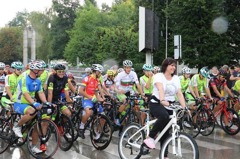 корнелия нинова поведе колоездачното състезание купа бузлуджа