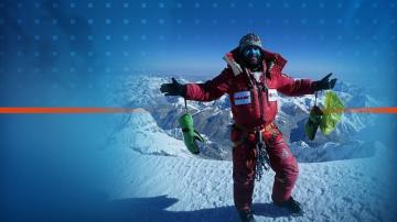 Алпинистът Атанас Скатов се завърна в България