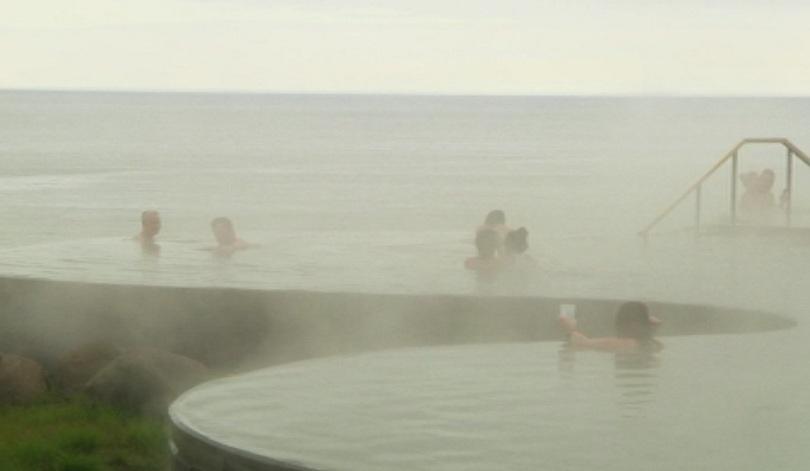 Исландски горещи бани оглавиха класацията на списание TIME за едно