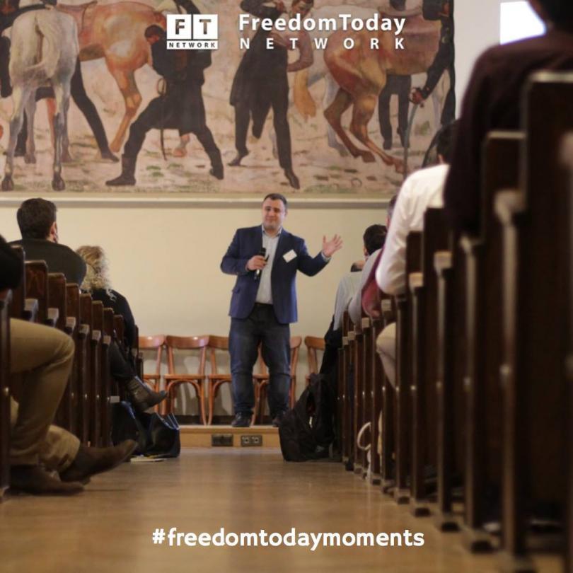 """снимка 19 Отвъд границите: Стефан Колев: """"Икономически идеи срещу чупещия се свят"""