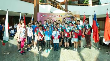 Български математици с медали от олимпиадата по математика в Тайланд