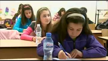 Във Варна започна Седмото национално състезание по правопис на английски език