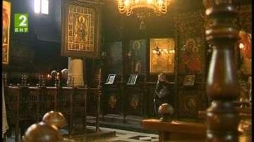 Инспектират храмовете за Великден