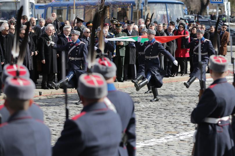 снимка 1 България чества националния си празник - 3 март! (ГАЛЕРИЯ)