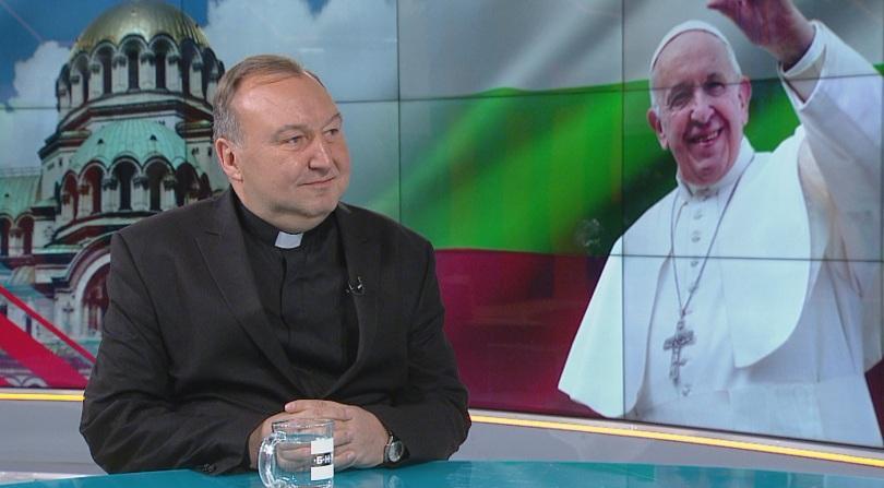 Преводачът на папата: В България Светият отец се чувстваше добре