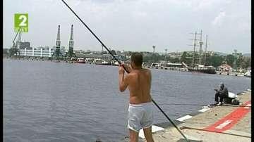 Морска гара - любимото място на рибарите във Варна