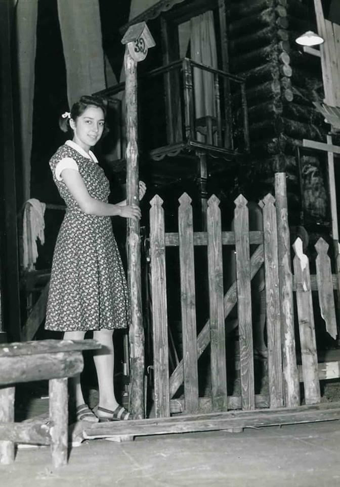 снимка 5 Отвъд границите: Мария Н. Ангелова и песента на цикадите